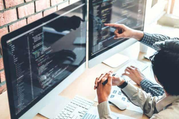 نرم افزارهای برنامهریزی و طراحی معدن (Surpac، Datamine، Minesight، Vulcan، و غیره)